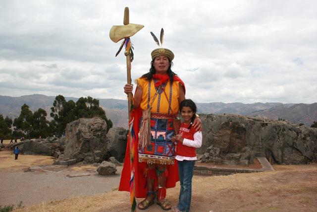 Kulturkampf , tradition militaire  Du guerrier Inca au soldat des forces spéciales Péruviennes .